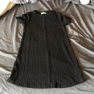 Abercrombie black t shirt dress